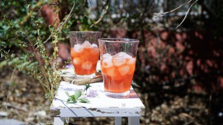 我的日常料理 第二季 教你制作颜值与美味并存的佳酿-自制美容养颜草莓酒