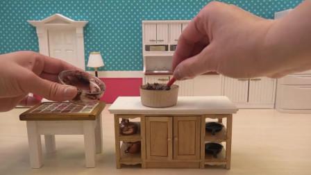 迷你小厨房:自制迷你小面包,一口一个