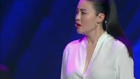 别再把宋晓峰和关婷娜放一起了,这段小品看完,肚子都是疼的