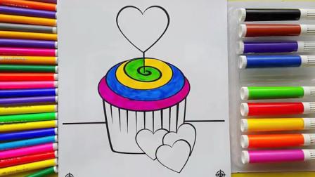 给纸杯蛋糕涂上彩虹的颜色