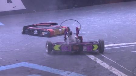 机器人格斗:冒烟了还在打,你是不怕起火啊