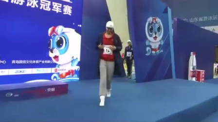 女子200米蛙泳决赛,叶诗文夺冠,再次刷新个人最好成绩!