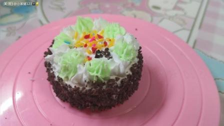 巧克力甜点蛋糕。