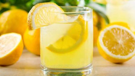 这才是柠檬水的正确泡法,好多人一直没做对,导致喝再多也没效果