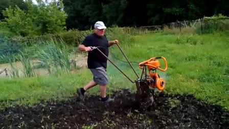 农民大叔自制高效旋耕机,一天能耕3亩地,100元就能自己造一台
