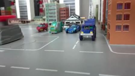 迷你汽车的赛道玩具
