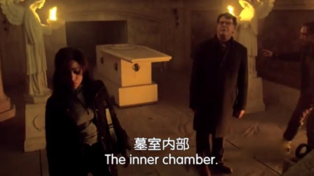 众人进入墓室就是为了找到地图,然而为了世界和平又不得不毁了它