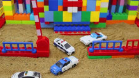 用积木建一个警察局房子