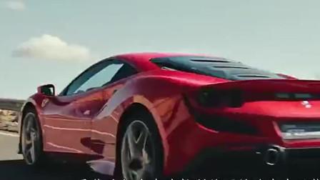 汽车奇闻:在公路上法拉利F430棋逢对手,互相超车