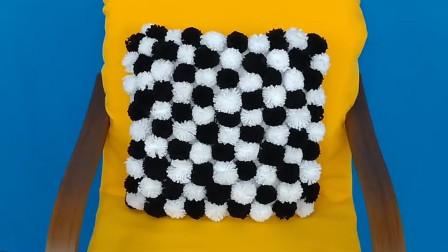 家里没用的旧衣服毛线不要再扔了,编织成环保漂亮的地垫,很实用