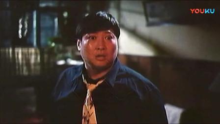 鬼赌鬼:粤语版,洪金宝一人饰演三角,真正是一人就撑起整部戏