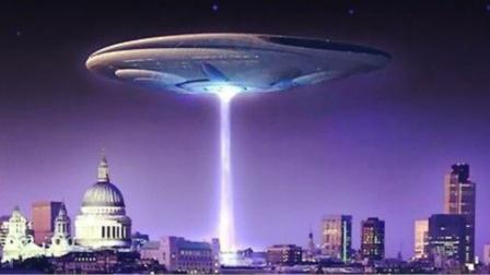 1996年加拿大育空地区巨型UFO事件,现场多人目击,大约20英尺长
