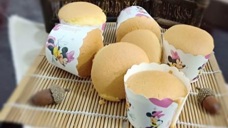 无水无油纸杯小蛋糕,味道棒极了,一学就会,超级简单,告别手残