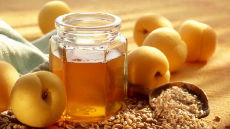 蜂蜜虽好,但是禁忌也要知道,蜂蜜泡水的这3个注意事项你知道吗