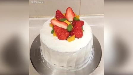 做蛋糕胚花20分钟, 但是切水果摆盘抹奶油得花一个小时