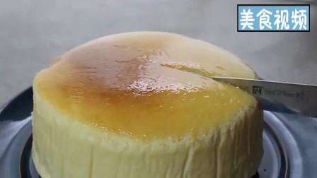 """教你用""""牛奶""""做出软糯香滑的芝士蛋糕,做法简单,一看就会!"""