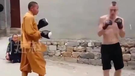 韩国人挑衅:中国功夫不行!武僧只用30秒打趴他!