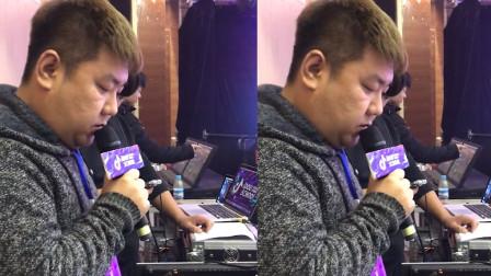 最近在网上火了一个调音师,随便唱一句试音,都惊艳了全场,网友:被调音耽误的歌手!