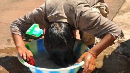 为什么我们长时间不洗头,洗的时候却搓不出很多泡沫?