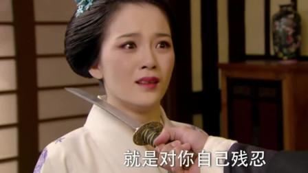 凤萍狠不下心动手,小日本骂她:对敌人仁慈,就是对自己残忍