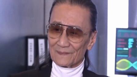 82岁谢贤被问是否见过张柏芝三胎,他冷漠回应8个字
