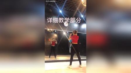 超减肥超出汗的《MAMAMIA舞蹈操》教学