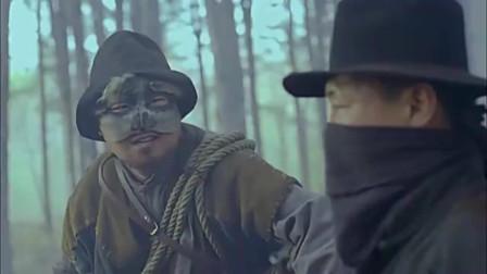 鬼子把钢刺队打的节节败退,小鬼子想乘胜追击,长官却下令撤退
