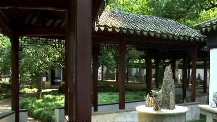 拙政园是江南园林的代表,也是苏州古典园林中面积最大的古典山水园林,现列为全国重点文物保护单位
