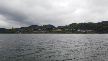 红军强渡乌江战斗遗址坐船游玩看到两个龙