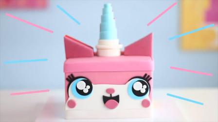 美食博主制作萌萌的双面独角喵蛋糕,这么可爱,都不舍得吃了