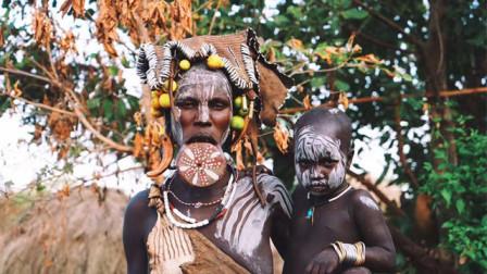 埃塞唇盘族:商业化的部落,一群为金钱疯狂的原始族人