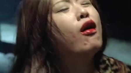 夺帅:美女都这么痛了,吴京又插了一刀,网友:怎么还不晕过去啊