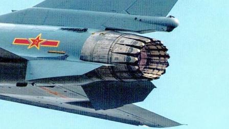 矢量发动机版歼10B突然亮相珠海航展: 结构比F22的还复杂