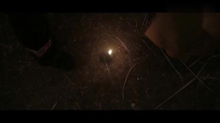 赶尸惊魂:有人偷邪王尸体,却被天姬发现,是否能逃脱?