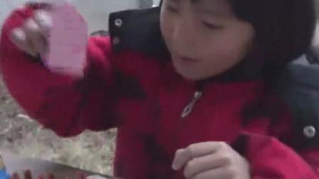 《我是小毛毛》视频:在家念书