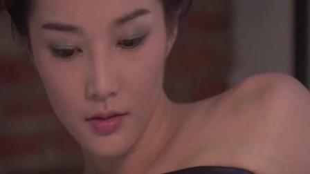 杨桃拍摄艺术照,摄影师看到杨桃的美貌,忍不住动了手