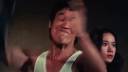 这一拳打的猝不及防,见识到了李小龙的功夫!