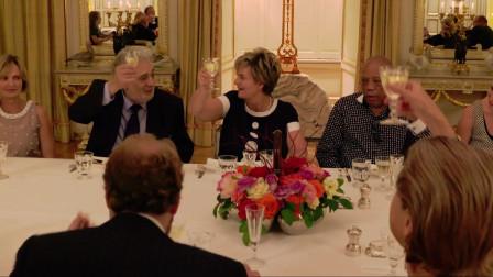 欧洲上流社会聚餐,连餐具摆放都要用尺量,这贵族气质真讲究!