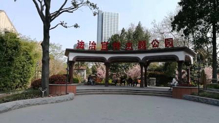 上海虹口霍山公园的欧式廊亭