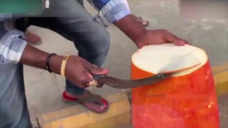 印度街头美食:你能看出来这是什么吗,反正我是没有见过