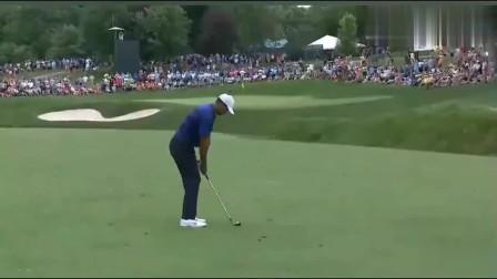 高尔夫一杆进洞是什么感觉看老虎伍兹给你表演特技太厉害了