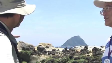 大鹿岛村位于辽宁省东港市的大鹿岛上, 坚持以壮大集体经济为主,以发展滩涂贝类养殖等为经济振兴的突破口