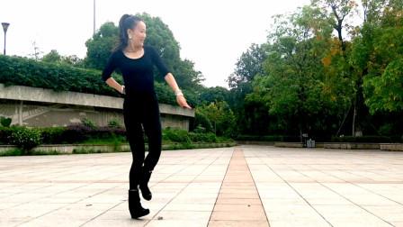 凤凰香香鬼步舞《低重音嗨曲》