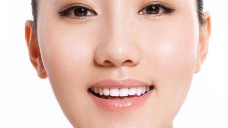 """如何去除牙齿上臭烘烘的""""牙垢""""?教你简单3个窍门,牙垢自动掉"""