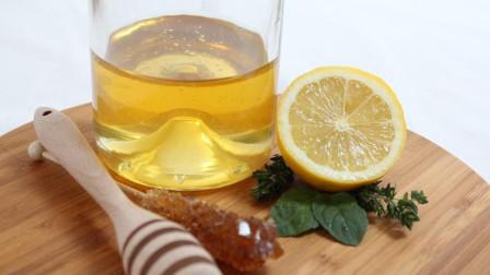 泡蜂蜜柠檬水,用温水好还是凉水好?今天就给你个靠谱答案