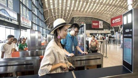 为什么有的人没有票也能上高铁?看完感叹中国高铁技术先进
