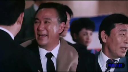 香港电影这个老大很和蔼, 手下一个古惑仔叫小奇