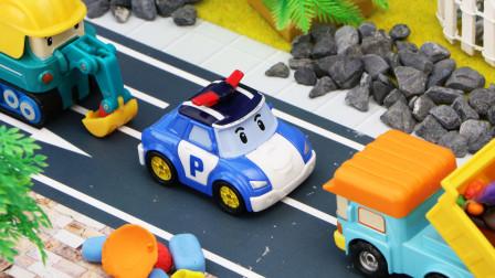 变形警车邓普运送垃圾到回收站