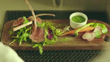 日式抹茶粉加上烤羊排,这道菜不仅颜值爆表,吃起来更爽!