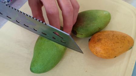 芒果好吃皮不好剥?教你最正确的切法,果肉完整不流汁,大开眼界